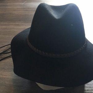 Black Felt Wide Brim Hat